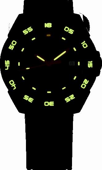 taktyczny czarny zegarek traser P49 Red Alert T100 na czarnym gumowym pasku nocą