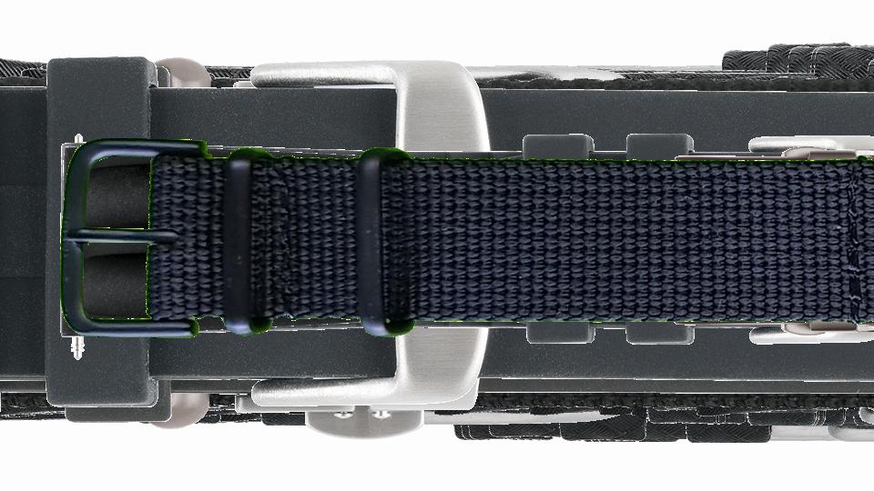 czarny pasek tekstylny ze stalową, czarną sprzączką