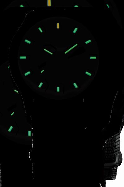 zegarek-traser-103350-home-night
