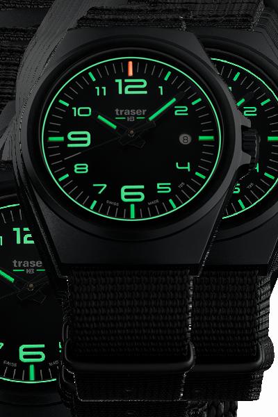 taktyczny zegarek traser P59 Essential w ciemności