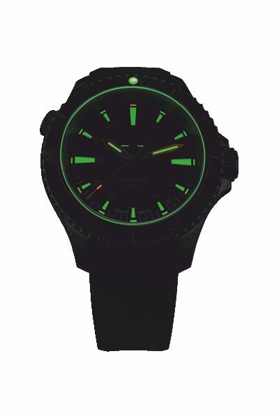 zegarek-traser-P67-diver-automatic-green-rubber-strap-110327-400x600-noc
