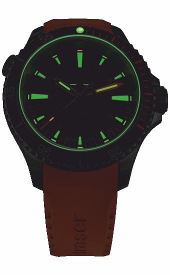 zegarek_traser_P67_diver_automatic_black_orange_rubber_strap_110323_wieczór